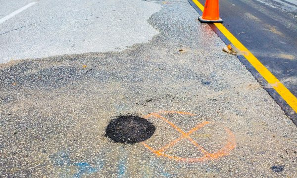 multiVIEW accurately marks buried water and electrical utilities while completing test pits as part of a Subsurface Utility Engineering (SUE) program.